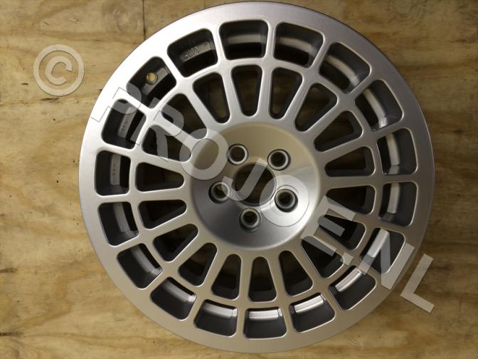 17 x 8 Speedline GrA model wheels for Evo