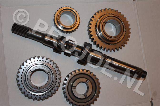 Lancia Delta Integrale GrN gears