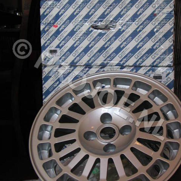 Lancia integrale original Speedline wheels 16″ x 7,5J-4×98   in stock Et 37