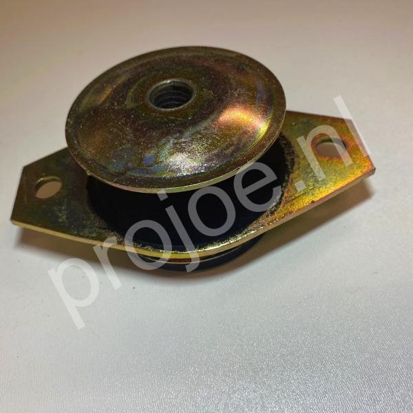 Lancia Delta Integrale gearbox/engine  mount – 82414825