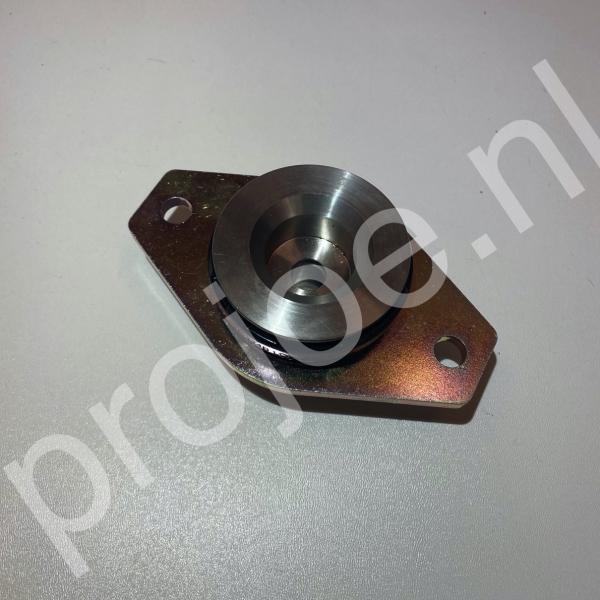 Lancia Delta Integrale gearbox – engine mount – 82414825