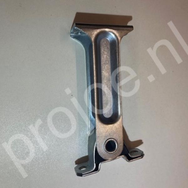 Lancia Delta Integrale rear anti roll bar/torsion bar support – 82417711