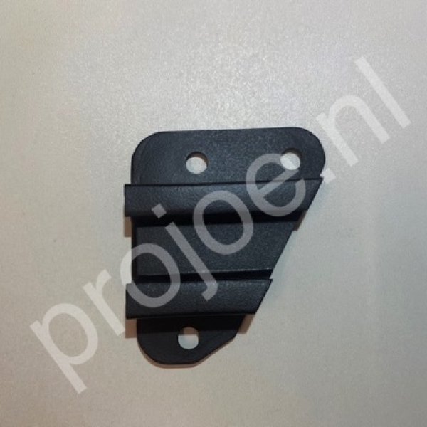 Lancia Delta Integrale plastic front bumper bracket – right side 82454776